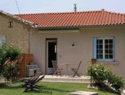 Holiday home with pool and jacuzzi in the Tarn, France near Trévien