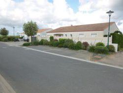 Location vacances avec piscine privée en Vendée.
