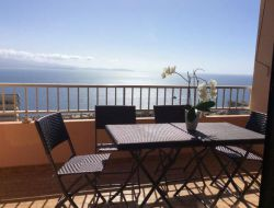Seafront holiday rental in Corsica.