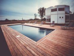 Gite avec piscine et spa en Dordogne.