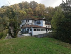 Big capacity holiday homes near St Jean Pied de Port in France. near Ascarat