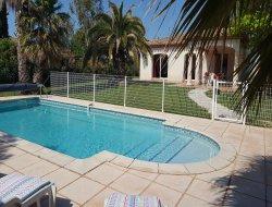 Location vacances avec piscine chauffée dans le 34.