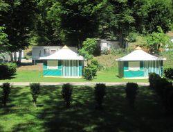 camping avec mobilhomes a louer en Dordogne.