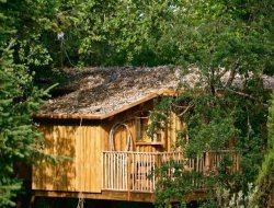 Séjour en cabanes perchées dans le Périgord.
