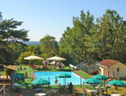 Holiday rentals with pool in the Lot near Rocamadour
