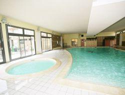Résidence de vacances avec piscine chauffée dans la Marne