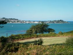 Seafront holiday rental in Brittany. near Plougonven