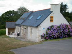Holiday cottage in center Brittany,  near Plougonven