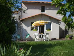 Holiday rental in Charente Maritime, France. near Villars en Pons