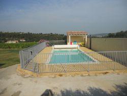 Gîte avec piscine privée dans le Vaucluse.