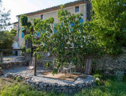 Gite a louer dans la Drôme Provençale.
