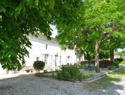 Holiday cottage near Bordeaux in France. near Preignac