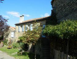 Gîte de caractère à louer dans l'Aveyron.