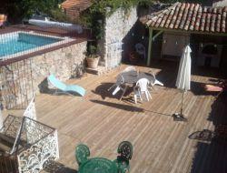 Gîte avec piscine privée dans le Gard.