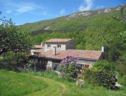 Grands gites dans la Drôme 26.