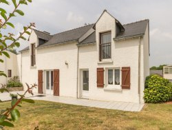 Holiday rental with pool in Loire Atlantique. near Saint Lyphard