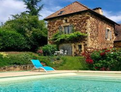 Holiday rental with private pool in Dordogne, Aquitaine. near Salviac