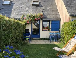 Seafront holiday home in the Morbihan, southern Brittany. near Ile d'Arz