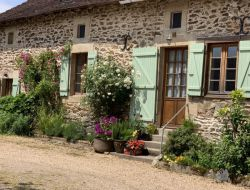B&B with pool and jacuzzi in Dordogne, Aquitaine. near Dournazac