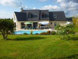 Holiday home with heated pool in the Finistere, Brittany. near Rosporden