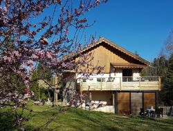 Holiday cottages with pool and jacuzzi in the Jura, France. near Prenovel