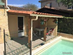 Location vacances avec piscine près de Sarlat.