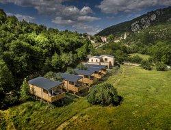 Ecolodge sur pilotis avec jacuzzi en Haute Loire, Auvergne