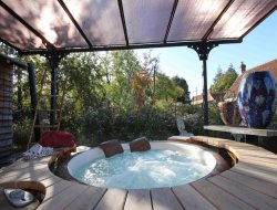 Gite with with jacuzzi in Normandy, France. near Essay