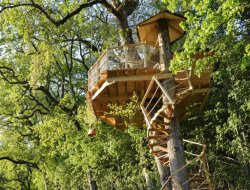 Tree huts near Tours and the Loire Castles. near Cheille