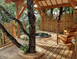 Tree houses with spa in the Jura, France. near Prenovel
