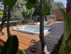 Hébergement insolite avec spa dans le Gard.