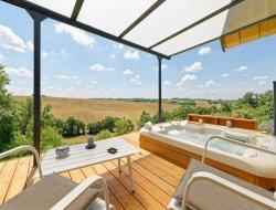 Location vacances avec jacuzzi privé dans le Gers.
