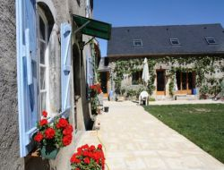 Holiday cottage for a group in French Pyrenees. near Asque