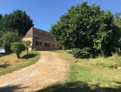 Gîte avec piscine près de Sarlat en Dordogne.