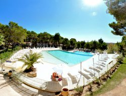 Holidays on a 4 star camping in Languedoc Roussillon, France.  near Caux