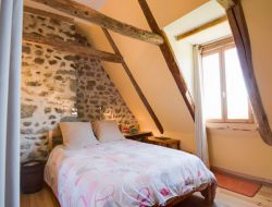 Bed & Breakfast in Auvergne, France. near Singles