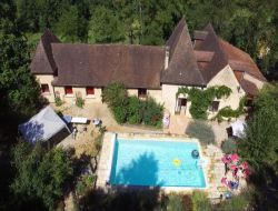 B&B with swimming pool near Sarlat, Perigord. near Saint Vincent de Cosse