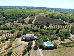 Grand gîte avec piscine en Ardèche.