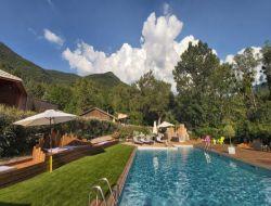 Village vacances avec piscine dans la Drôme 26.