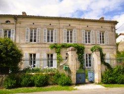 Gîte avec piscine privée en Charente Maritime.