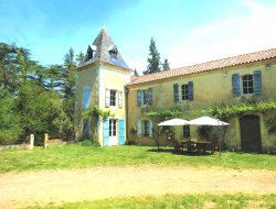 B&B with swimming pool in the Gers, Midi Pyrenees.