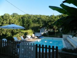 Grand gite avec piscine en Haute Vienne, Limousin.