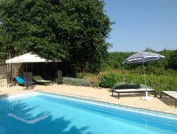 Gîtes avec piscine à louer en Dordogne.