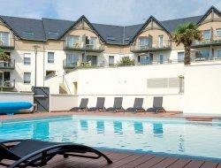 Locations vacances avec piscine en Finistere sud.