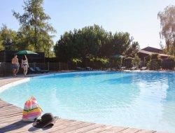 Camping avec piscine chauffée a Bordeaux