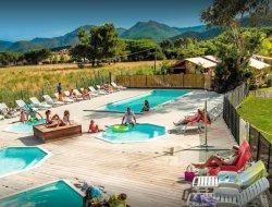Locations vacances en camping en Corse