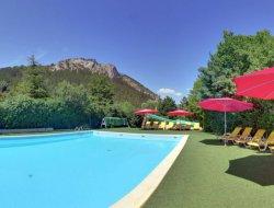 mobilhomes avec piscine chauffée dans les Hautes Alpes