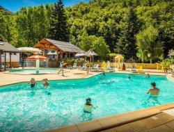 camping avec piscine chauffée en Lozère
