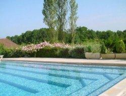 camping avec piscine chauffée dans le Périgord.