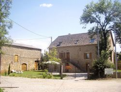 Holiday accommodation in Aveyron near Previnquières